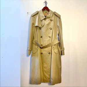 Burberry Westminster Vintage trench coat